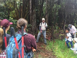 Stewardship at the Summit leader Paul Field instructs volunteers on vegetation management. Photo courtesy NPS