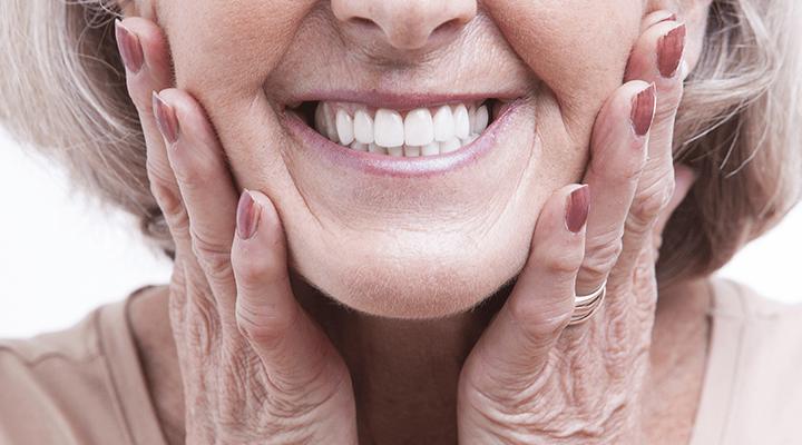 Restoration vs Dentures | How Will My Dentures Look?
