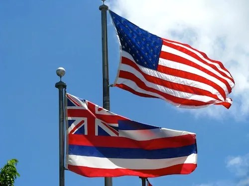 United States and Hawaiian flags