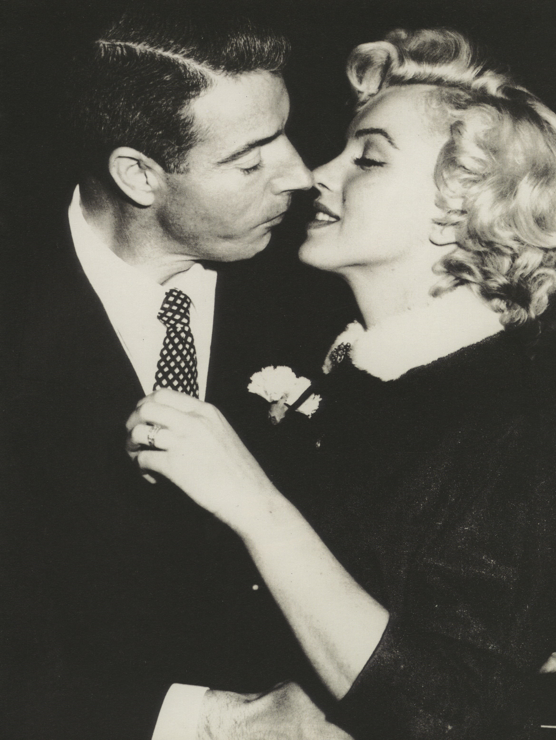 Profiles In History Is Set To Auction Off Marilyn Monroes Wedding