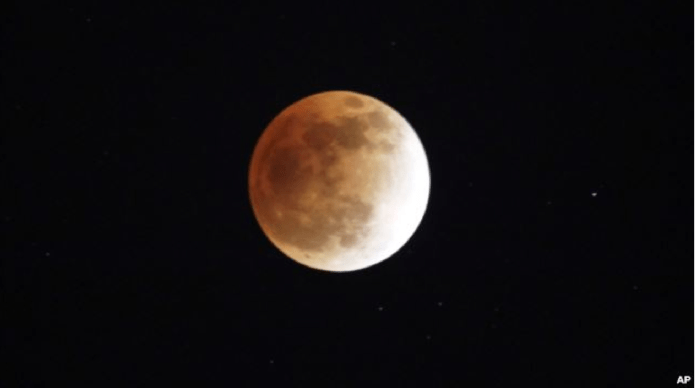 Lunar eclipse (photo courtesy of VOA)