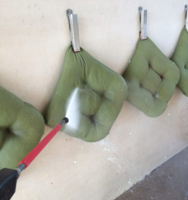 washing outdoor chair cushions at the carwash