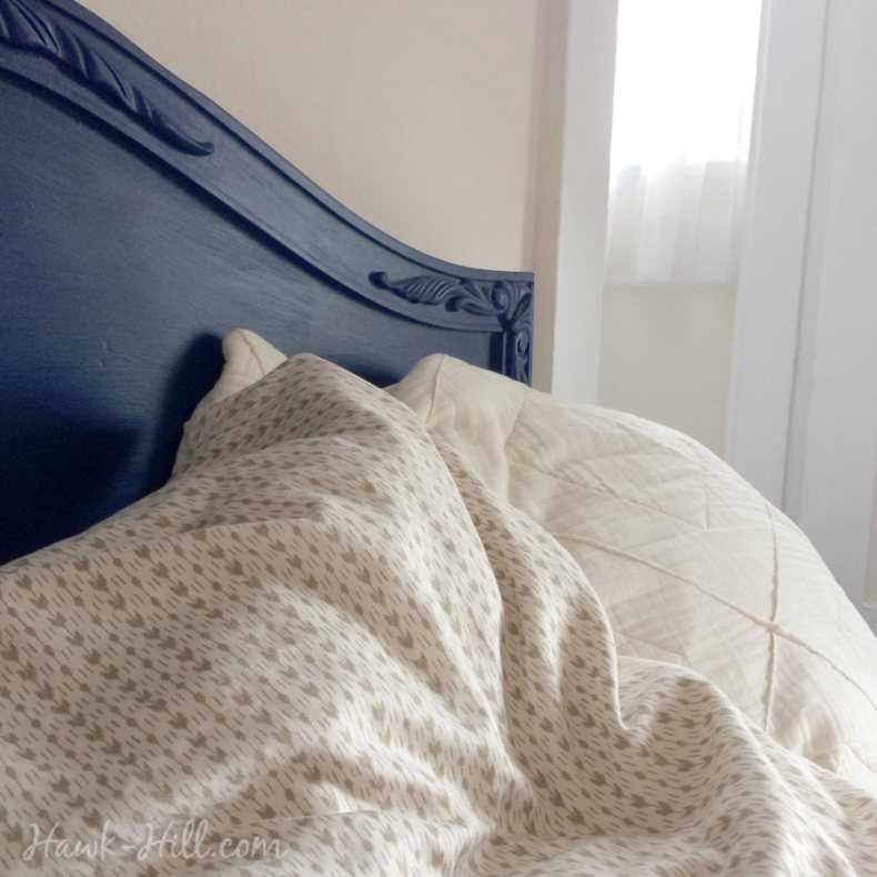 royal blue headboard and linens
