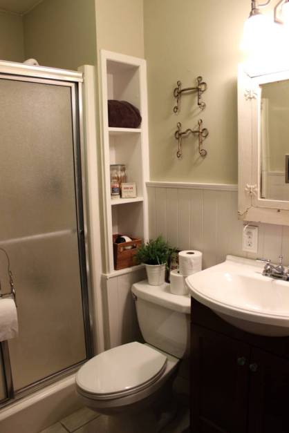 The result of my $300 renovation, this bathroom used to be peach walls with peach tile!