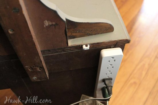 How To Make A Diy Retractable Phone Charger For Furniture