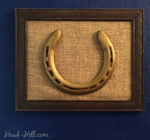 gramed horse shoe antique gold