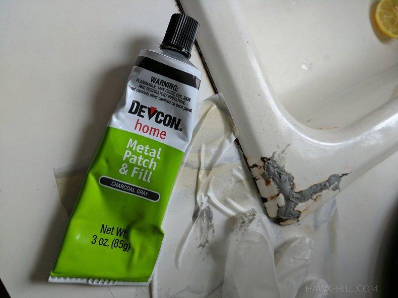 DIY rusty sink repair and patch