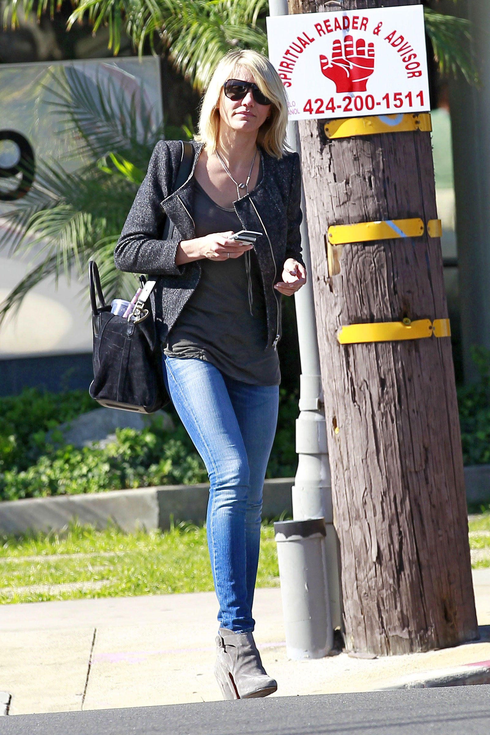 Cameron Diaz In Jeans Out And About In Los Anhgeles