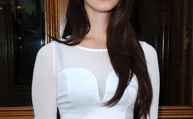 Lana Del Rey At Her Hotel In London Hawtcelebs