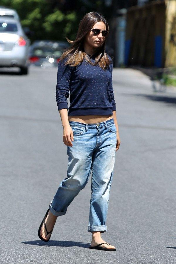 Mila Kunis Low Jeans