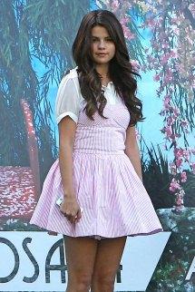 Selena Gomez Pink