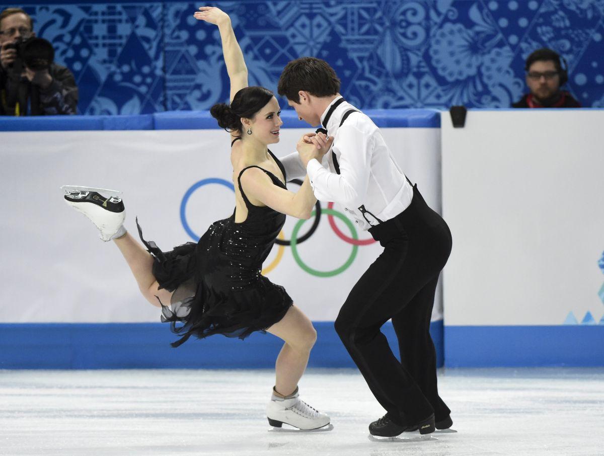 TESSA VIRTUE and Scott Moir at 2014 Winter Olympics in Sochi
