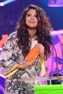 Selena Gomez 2014 Nickelodeon Kids Choice Awards In