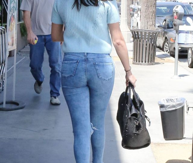 Selena Gomez In Tight Jeans Out In Los Angeles