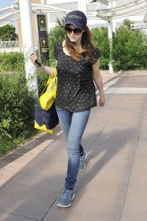 Alexandra Daddario Arrives Hotel In Venice Hawtcelebs