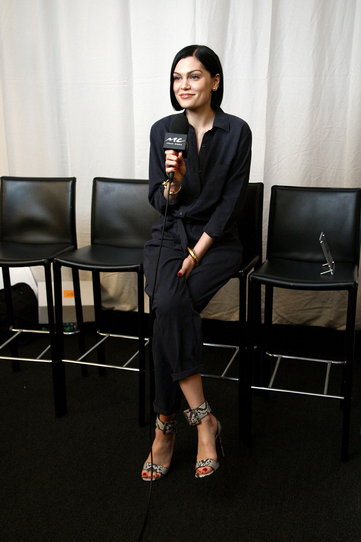 Jessie J At 2014 American Music Awards Radio Row In Los