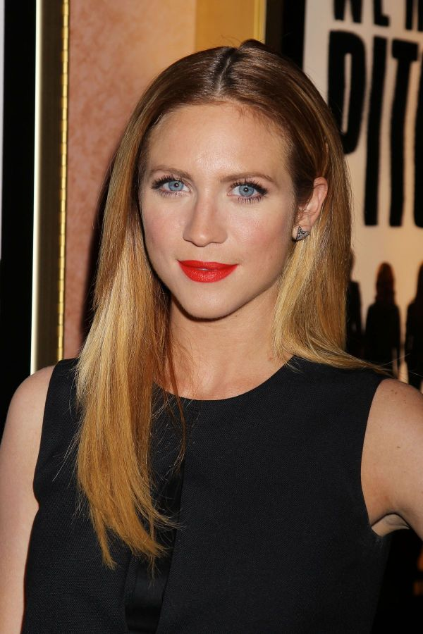 Brittany Snow Pitch Perfect Sing Screening In York - Hawtcelebs