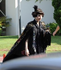 Alexandra Daddario Set Of American Horror Story In