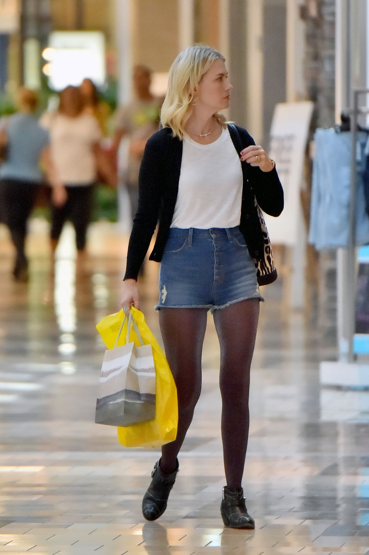 JANUARY JONES In Jeans Shorts Shopping In Los Angeles 11212015 HawtCelebs