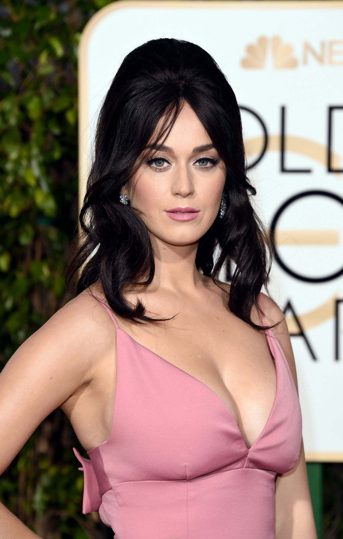 KATY PERRY at 73rd Annual Golden Globe Awards in Beverly Hills 10/01/2016 – HawtCelebs
