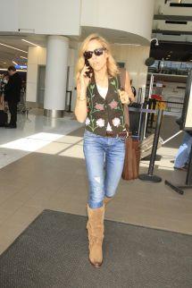 Sheryl Crow at Airport