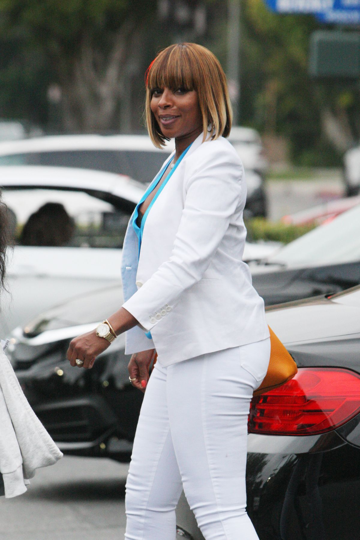 MARY J BLIGE Shopping At Bristol Farms In Beverly Hills 05132016 HawtCelebs