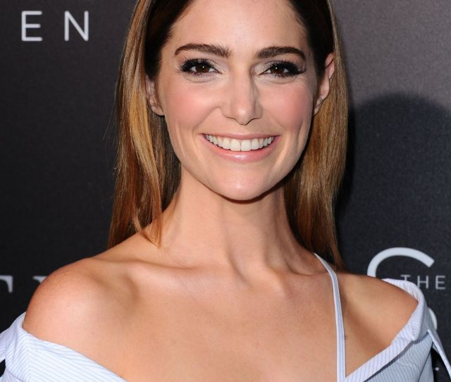 Janet Montgomery At The Space Between Us Premiere In Los Angeles