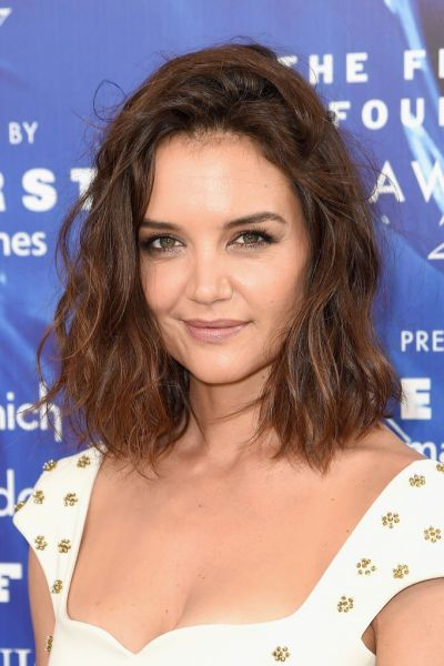 KATIE HOLMES at 2017 Fragrance Foundation Awards in New ...