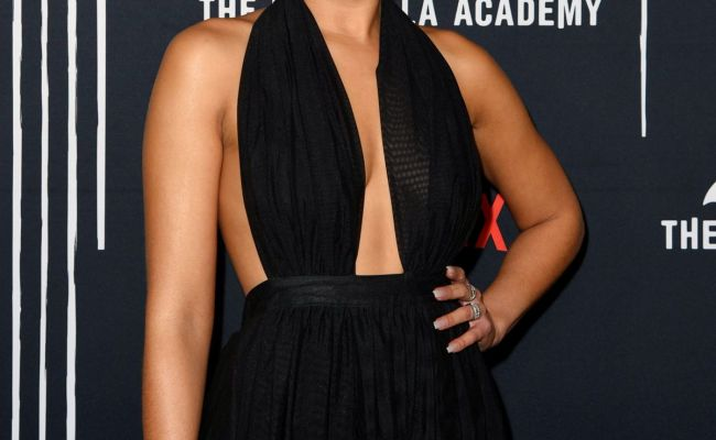 Emmy Raver Lampman At The Umbrella Academy Premiere In