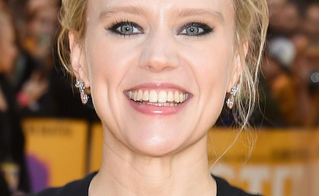 Kate Mckinnon At Yesterday Premiere In London 06 18 2019