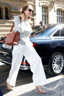 Angelina Jolie Arrives Hotel De Crillon In Paris 07 09