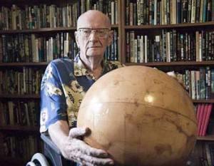 ארתור סי. קלארק. מתוך ויקיפדיה