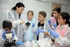 זיהוי סמים וחומרי נפץ - בקייטנת הזיהוי הפלילי בבר אילן
