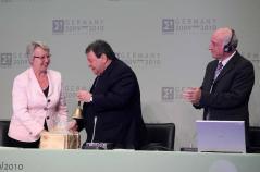 """בן אליעזר קיבל את """"פעמון הנשיאות"""" של יוריקה בטקס שנערך בברלין"""