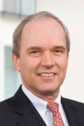 """ד""""ר קרל- לודוויג קליי, יו""""ר מועצת המנהלים של מרק. צילום יח""""צ"""