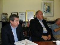 משמאל ראש מחוז יורק בקנדה, ביל פישר, וראש עיריית מרקהאם ביל סקרפיטי. צילום: אבי בליזובסקי