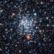 הצביר הפתוח NGC 265 כפי שצולם בידי טלסקופ החלל האבל