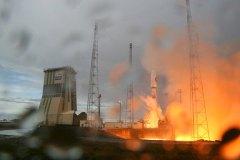 השיגור הראשון מנמל החלל החדש של אירופה מגויאנה הצרפתית ב-21 באוקטובר 2011. צילום: תילו קרנץ, DLR