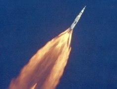 """הדקות הראשונות שיגור אפולו 11 מכף קנוורל, 16 ביולי 1969. צילום: נאס""""א"""