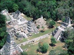 """שרידי מבנים מתרבות המאיה. צילום: נאס""""א"""