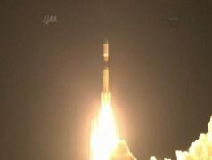 """שיגור חללית המטען HTV-4 של סוכנות החלל היפנית, 4/8/13. צילום מסך מתוך הטלוויזיה של נאס""""א"""