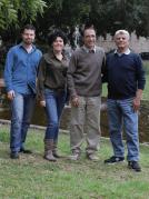"""מימין: פרופ' אברהם בן-נון, פרופ' יחיאל שי, ד""""ר נתלי קאושנסקי ועומרי פינגולד. השפעה מעכבת"""