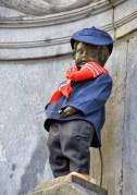 """פסל """"הילד המשתין"""" בבריסל. צילום: skyfish / Shutterstock.com"""