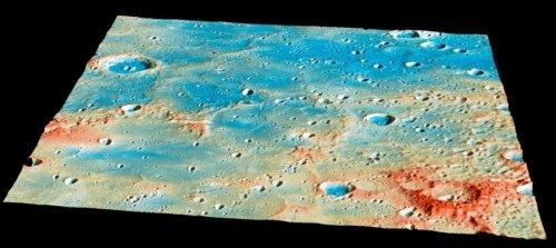 """פני השטח של כוכב חמה. צילום מהחללית מסנג'ר רגע לפני פגיעתה בקרקע. צילום:  נאס""""א"""