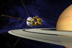 החללית קאסיני בסביבת שבתאי וטבעותיו. איור: NASA/JPL.