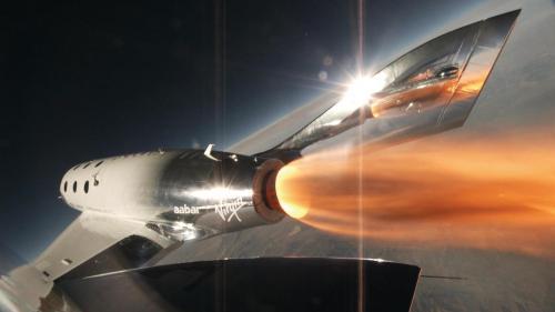 """טיסת הניסוי הראשונה של החללית יוניטי של וירג'ין גלקטיק שבה הופעלו המנועים הרקטיים, 5 באפריל 2018. צילום יח""""צ, וירג'ין גלקטיק"""