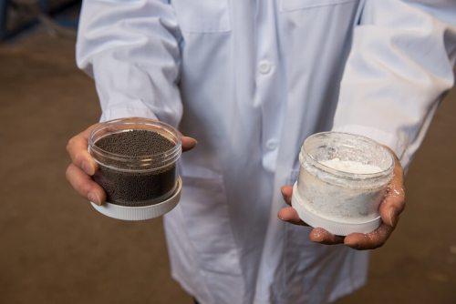 טכניקה לשריפת דלק מאובנים מבלי לפלוט פחמן לאוויר באמצעות חלקיקי ברזל מחומצן. צילום: אוניברסיטת אוהיו