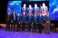 """נבחרת ישראל באולימפיאדת הפיזיקה לנוער 2019 שהתקיימה בת""""א. צילום: יוסי איפרגן, לע""""מ"""