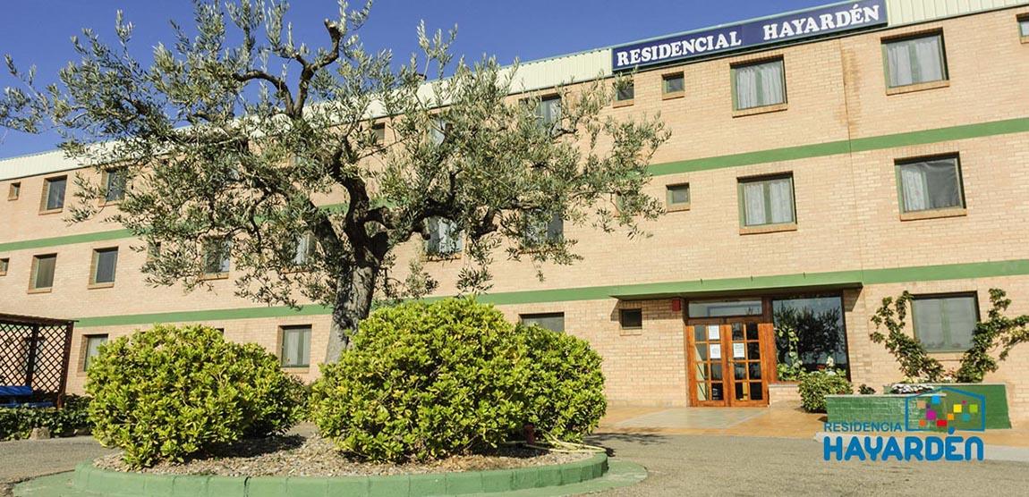 ¡Bienvenidos a Residencia Hayardén! Disponemos de 94 plazas de Residencia y 20 plazas de estancia diurna.