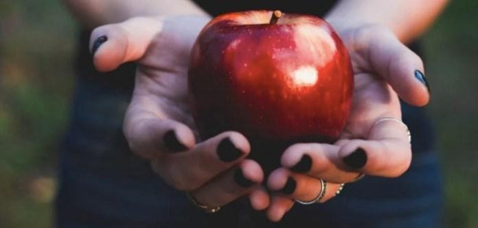 Elmayı Kabuğuyla Yiyecekseniz Nasıl Yıkanmalı?